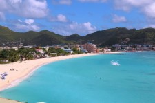 Top Caribbean Islands With The Biggest Crowds