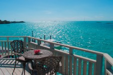 Ocean Blue Waterfront Suite - Staniel Cay, Exumas, Bahamas