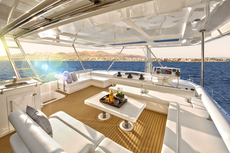Explore the BVI on a Moorings 6 Cabin Catamaran - British Virgin Islands