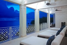 Smugglers Cove, The Penthouse Condo - Barbados