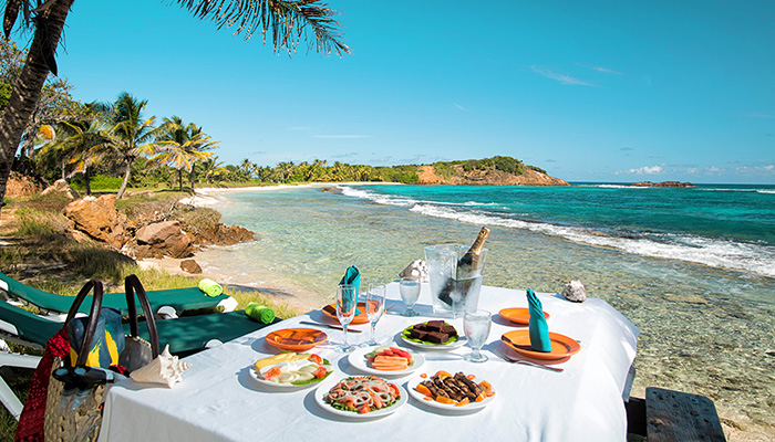 Romantic Picnic Lunches At Palm Island Resort - Palm Island, The Grenadines