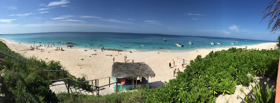 Nipper's Beach Bar & Grill - The Bahamas